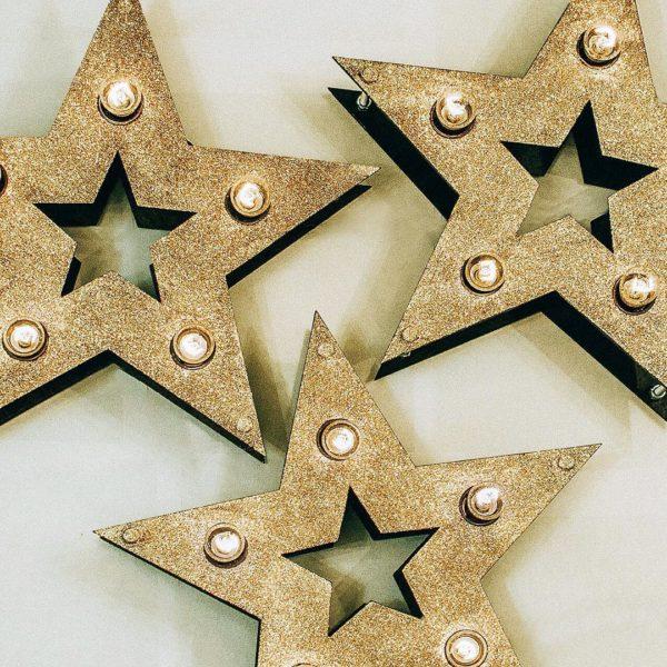 Золотые звёзды с лампочками и блёстками от Family Lights