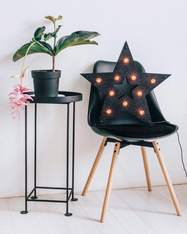 Чёрная звезда с блёстками и лампочками в стиле Loft – декор от Family Lights